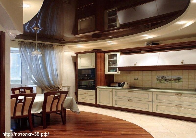 Натяжной потолок в кухню 6