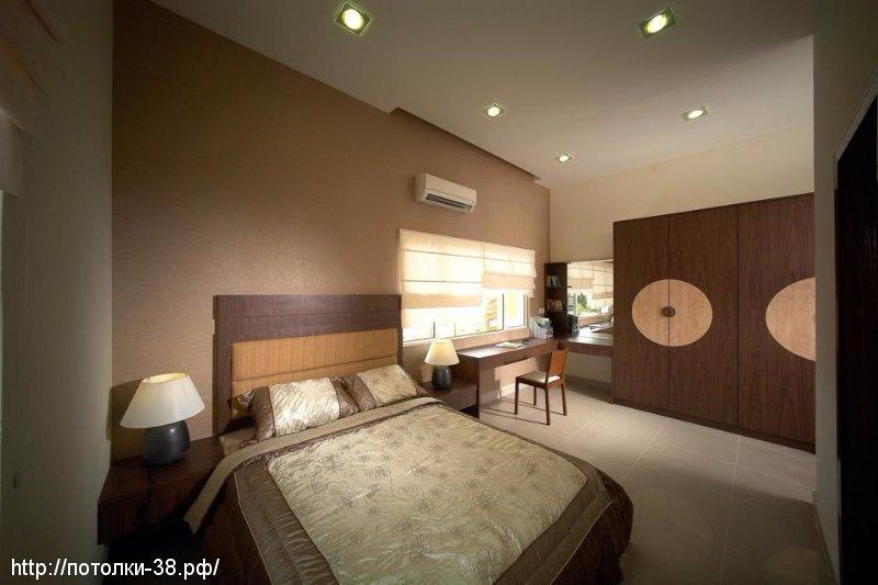 Натяжной потолок в спальне 6