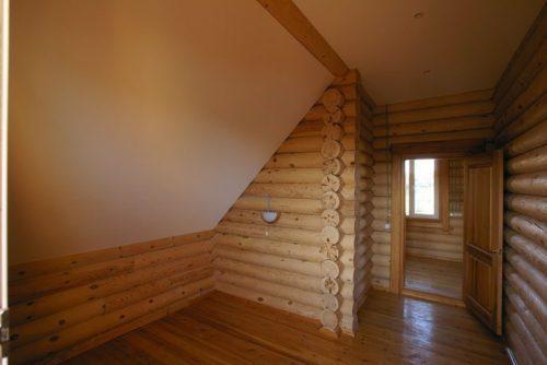 Монтаж натяжного потолка в деревянном доме и на даче